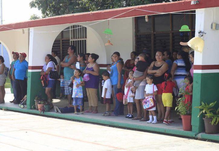 El programa forma parte de la reforma educativa . (Harold Alcocer/SIPSE)