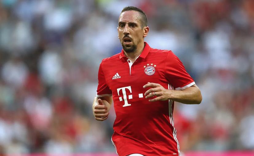 El Bayern Munich confirma una agresión entre Franck Ribéry y un periodista francés. (FC Bayern)