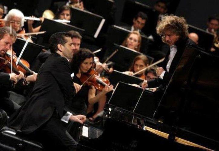 El pianista Alfredo Arjona será uno de los participantes en el Mérida Fest 2017. (Milenio Novedades)