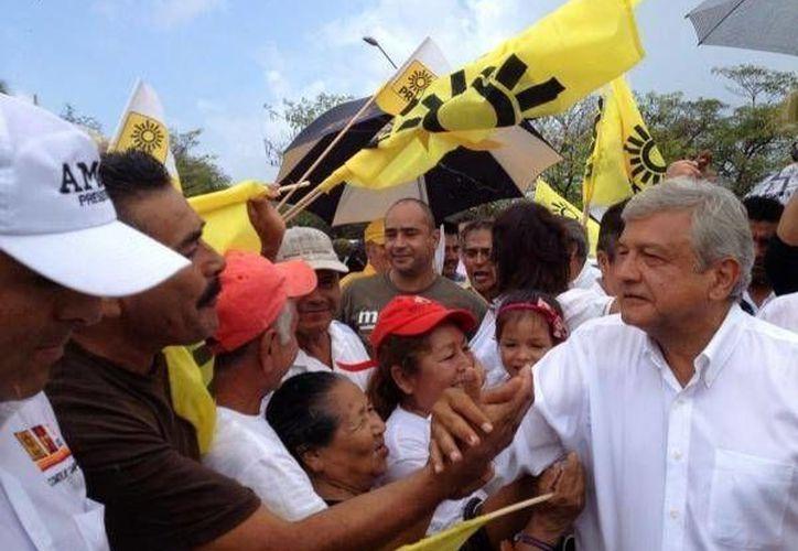 López Obrador llamó corruptos a los integrantes del IFE. (sdpnoticias.com)