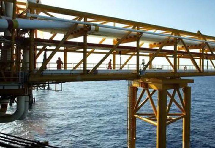 Esta semana Pemex anunció que busca asociarse con empresas petroleras de talla mundial. (pemex.com)