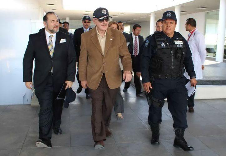 Manuel Mondragón y Kalb, realizó un recorrido de supervisión de las áreas de inteligencia. (Notimex)