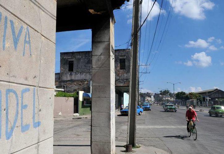 Detalle de un grafiti alegórico al líder de la revolución cubana Fidel Castro, en una calle en La Habana, Cuba. (EFE)