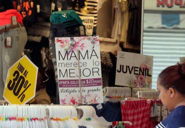 Negocios de la ciudad ya ofrecen algunas ofertas por el Día de la Madre. (Milenio Novedades)