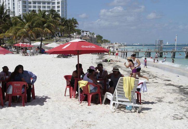 Las seis playas de  Cancún esperan el galardón. (Tomás Álvarez/SIPSE)