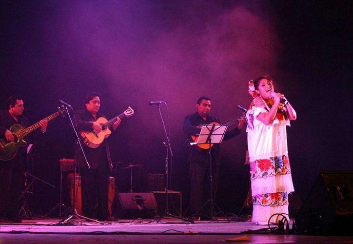 El Gobierno lanzó la convocatoria para el Concurso Estatal de Intérpretes de Canto Popular y Trova Yucateca Nuevas voces del Mayab, en la que los ganadores se  'repartirán' 60 mil pesos. La imagen es de contexto. (Sedeculta)