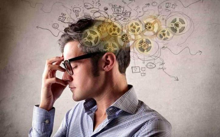 Quedarnos cortos o excedernos en nuestra alimentación también tiene su eco en la delicada maquinaria del cerebro. (Foto: Contexto/Internet)