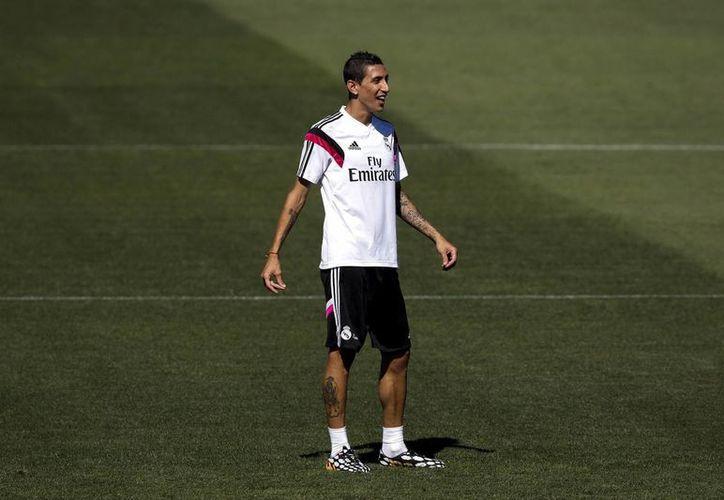 Angel Di María se despidió ya de sus compañeros del Real Madrid, con quienes ganó la UEFA Champions League la temporada pasada. (EFE)