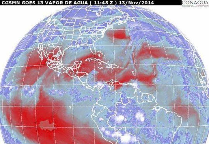 Anuncian el ingreso de humedad del océano Pacífico, Golfo de México y del mar Caribe. (Redacción/SIPSE)