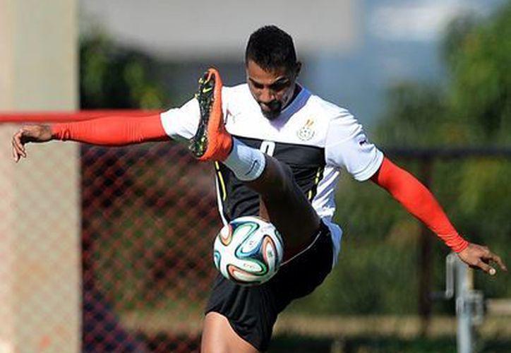 Kevin-Prince Boateng quedó fuera del Mundial Brasil 2014 porque insultó al director técnico Kwesi Appiah. (AP)