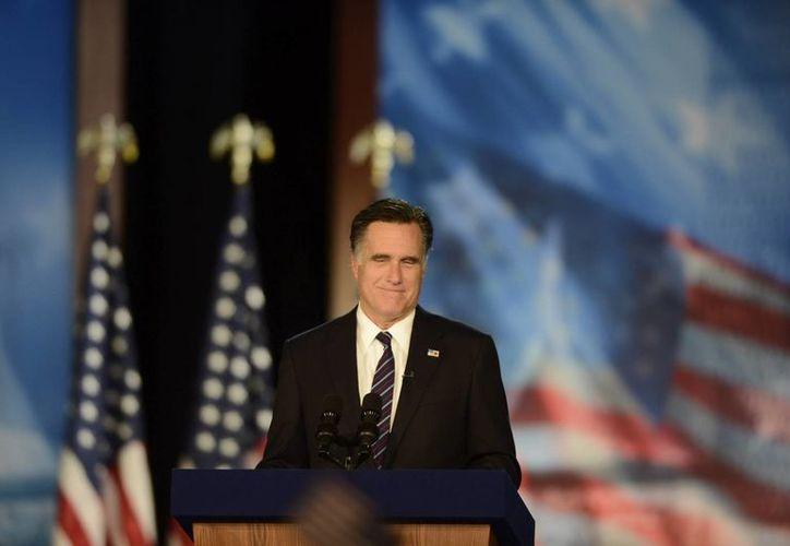Mitt Romney, excandidato presidencial de los Estados Unidos, habla con la prensa por primera vez desde su derrota ante Obama. (EFE/Archivo)