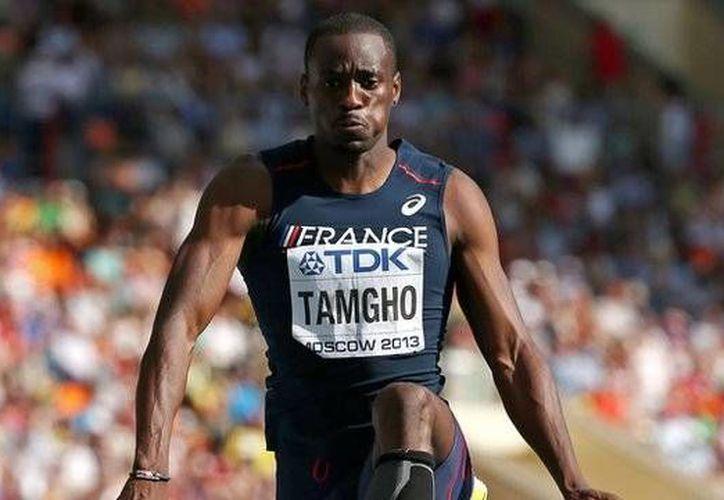El francés Teddy Tamgho es el tercer atleta en la historia que ha superado los 18 metros en salto triple. (BBC)