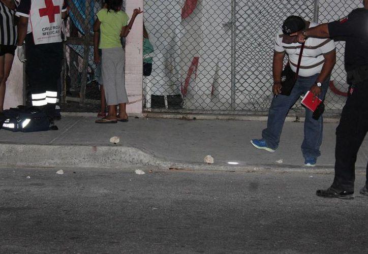 Las autoridades retiraron siete casquillos percutidos en el lugar de la balacera. (Redacción/SIPSE)