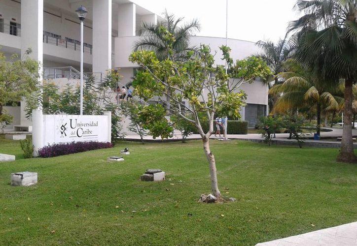 El Observatorio Ciudadano y de Violencia de Benito Juárez se localiza en la Universidad del Caribe. (Tomás Álvarez/SIPSE)