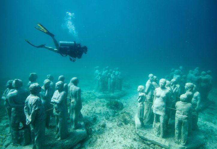 El museo subacuático está conformado por más de 490 esculturas. (Redacción/SIPSE)