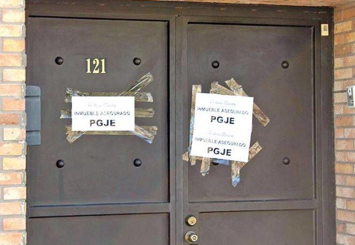 Imagen de una de las propiedades cateadas del ex gobernador de Sonora, Guillermo Padrés, quien es investigado por lavado de dinero. (excelsior.com.mx)