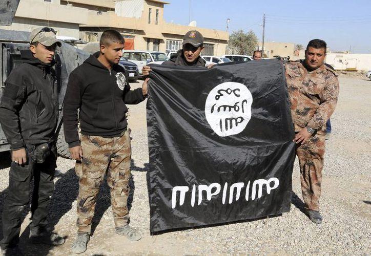 Un hombre que intentaba unirse al grupo extremista Estado Islámico en Siria, fue detenido en Jordania. (Archivo/ EFE)