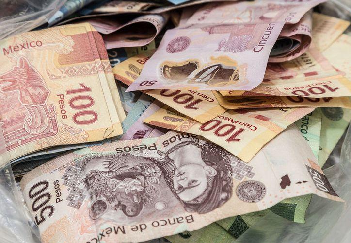 Apenas el 26 de noviembre, el titular de la UIF, Santiago Nieto, reportó el congelamiento de 330 cuentas vinculadas con el Cártel de Sinaloa, aunque no reveló el monto. (Agencia Reforma)
