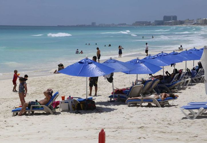 Vigilarán las playas hasta finalizar la Semana Santa. (Israel Leal/SIPSE)