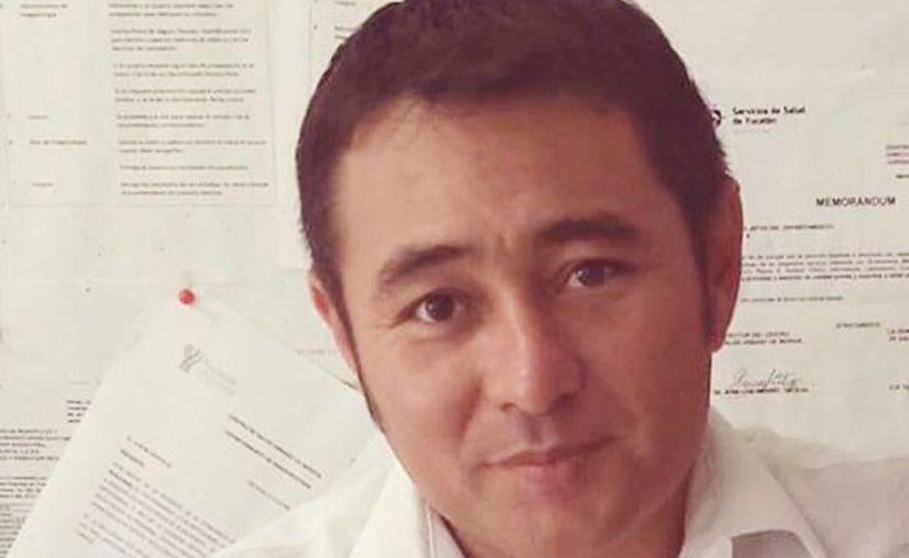 Carlos Piña fue sujeto a revisión médica por parte de los especialistas, quienes lo reportan en buen estado de salud. (Facebook)