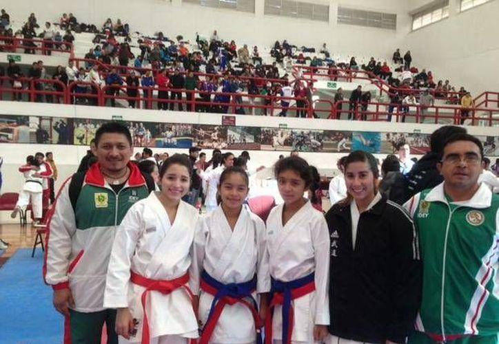 Los karatecas yucatecos se  enfrentaron a seleccionados nacionales. (SIPSE)