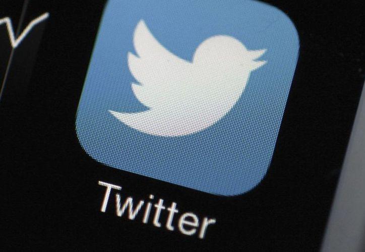 Fotografía que muestra la aplicación Twitter en un teléfono inteligente. (Archivo/EFE)