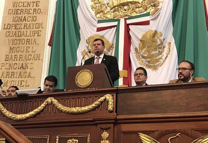 Miguel Ángel Mancera renunció a su jefatura de gobierno para sumarse a la candidatura de Ricardo Anaya. (Foto: Twitter @PresidenciaALDF).