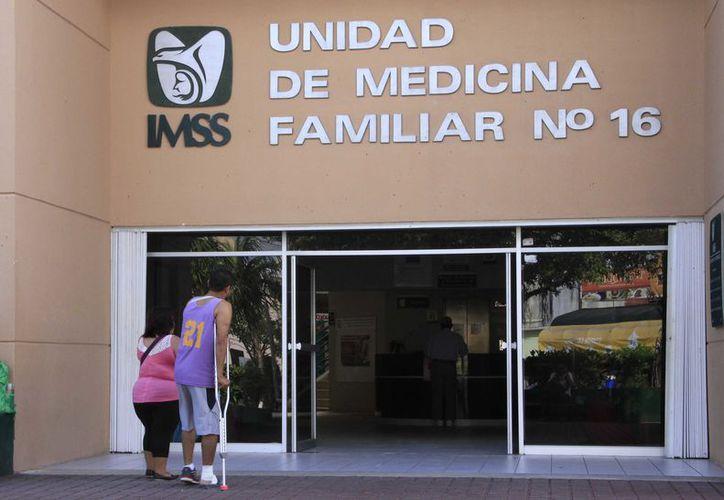 Los trabajadores afiliados al IMSS en el estado son 419 mil 748. (Redacción)