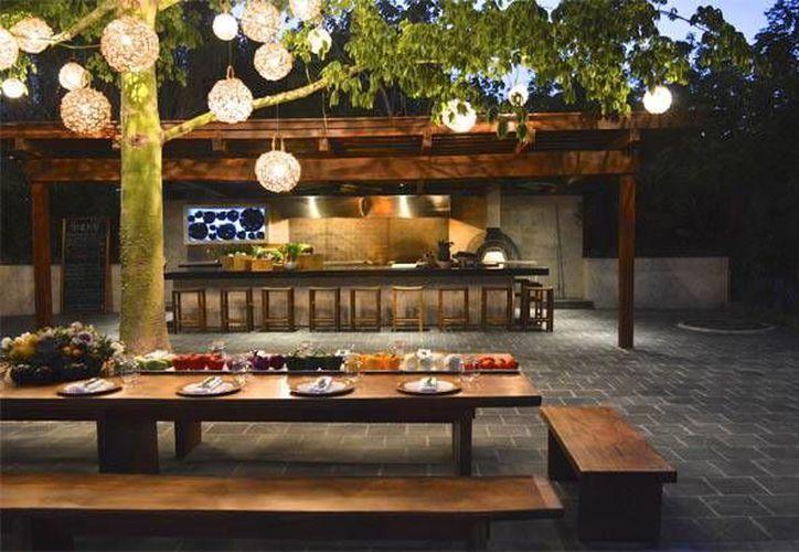 El hotel Rosewood Mayakoba ofrece a sus huéspedes la oportunidad de cocinar manjares mexicanos. (Cortesía)