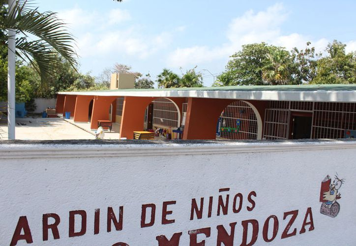 El jardín de niños 'Narciso Mendoza' ha sido 'visitado' nueve veces por los ladrones. (Joel Zamora/SIPSE)