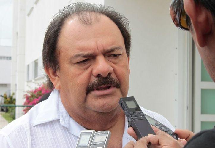 El coordinador de la legislatura afirmó que la reforma electoral tiene algunas restricciones. (Ernesto Neveu/SIPSE)