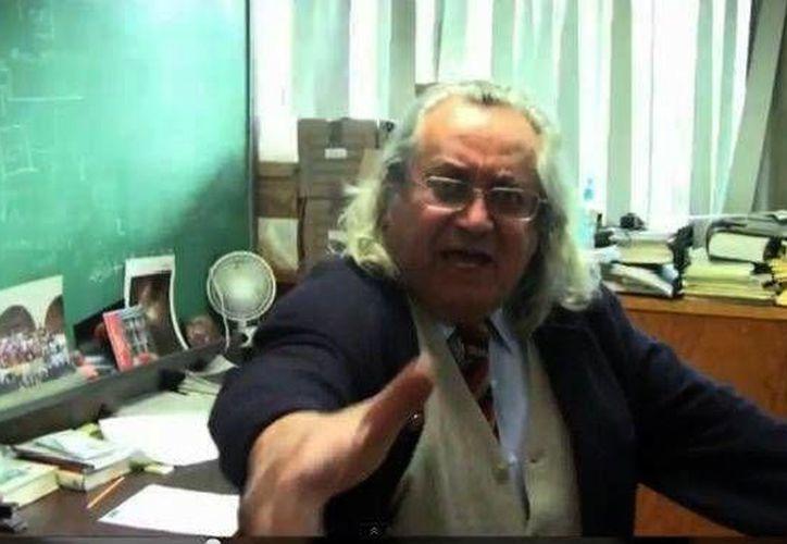 El yucateco Arcadio Poveda Ricalde es doctor en Astronomía por la Universidad  de California en Berkeley. (Milenio Novedades)