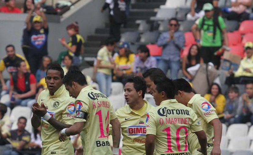 América dio un gran paso hacia la final al ganar 3-0 en casa del Monterrey el partido de ida de semifinal. (Notimex)