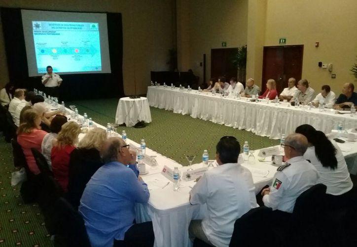 Reunión de jefes de seguridad y representantes de distintas naciones. (Cortesía)