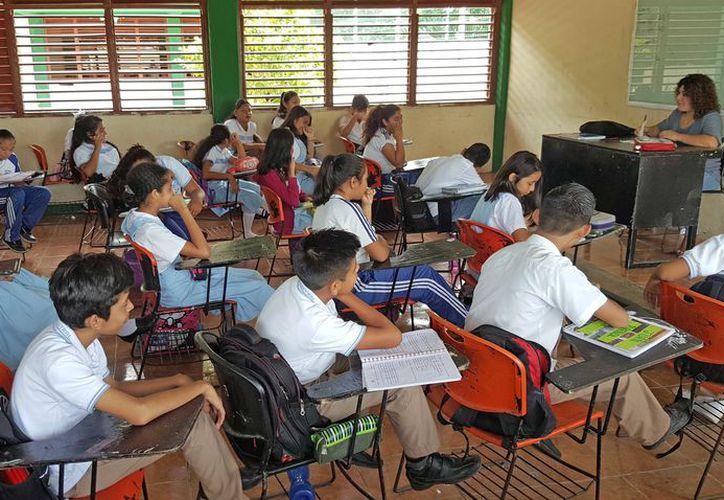 La tarea de los docentes fue que los estudiantes adquirieran los elementos necesarios para usar el idioma. (Jesús Tijerina/ SIPSE)