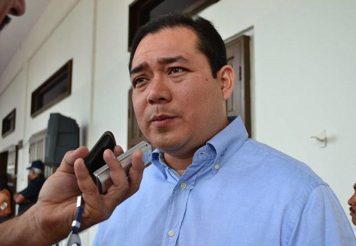 El secretario estatal de Desarrollo Social (Sedes), Ángel Rivero Palomo, busca contender por la presidencia de Othón P. Blanco. (Jorge Carrillo/SIPSE)