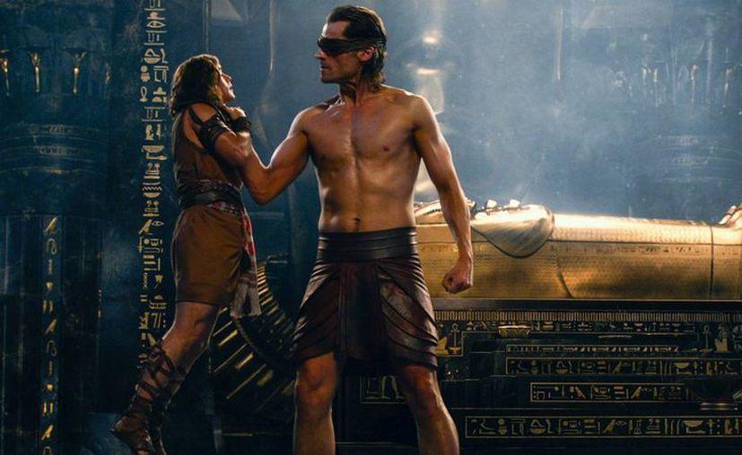 Egipto vive regido por los dioses, gigantes de poderes mágicos lidereados por el rey-dios Osiris. (Redacción/SIPSE)