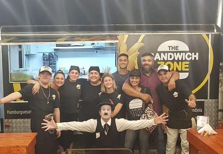 El dueño de The Sandwich Zone le dio todo su apoyo a David. (Internet)