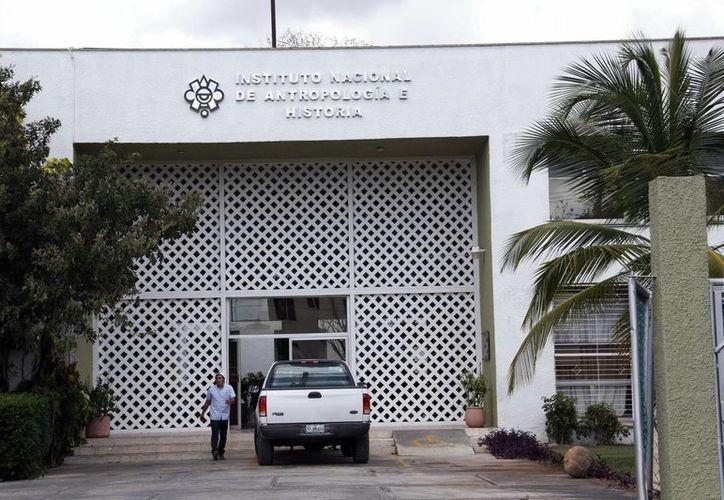 Durante la reunión privada efectuada en el INAH Yucatán se eligió a Martha Medina Uh, postura avalada por todos los presentes. (Milenio Novedades)
