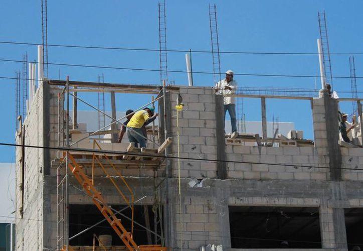 El sector empresariales que más se aprovechó esta situación es el de la construcción. (Luis Soto/SIPSE)