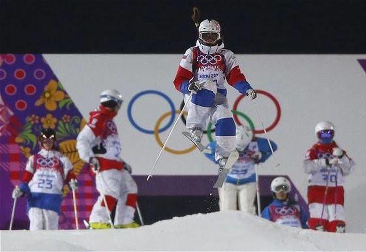 Komissarova, quien se accidentó durante un entrenamiento en Sochi, se mostró optimista y se ve de pie en el futuro.(telegraph.co.uk/Archivo)