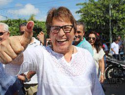 Laura Beristain ejerce su voto en Playa del Carmen