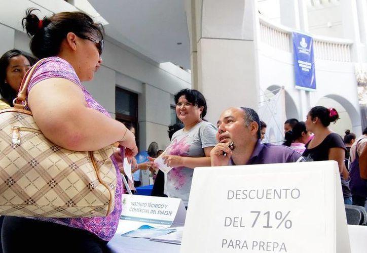 En la Feria se ofrecerán apoyos de becas en colegiaturas hasta para posgrados. (Milenio Novedades)