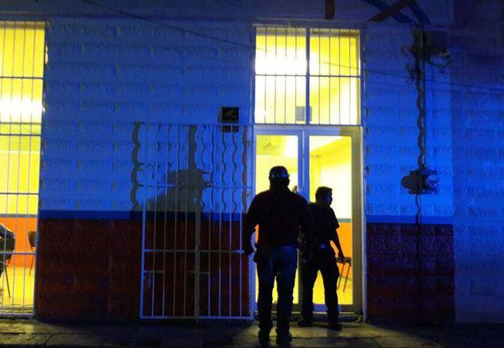 Las instalaciones de Solucrea permanecieron cerradas por varias horas, mientras que se realizaban las investigaciones para detener a las presuntas delincuentes. (SIPSE)