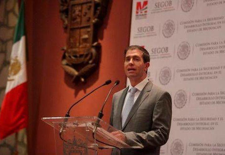 Alfredo Castillo indicó que se están cortando las fuentes de financiamiento del crimen organizado en Michoacán. (Milenio)
