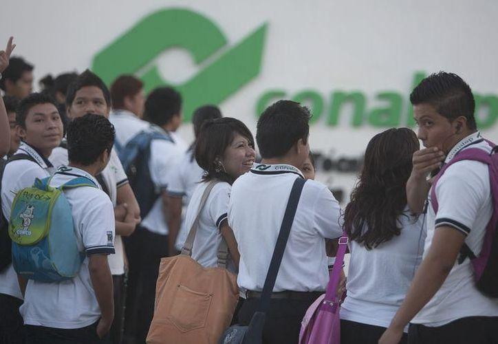 Existen más de mil jóvenes que no cuentan con un lugar en Bachillerato. (Redacción/SIPSE)