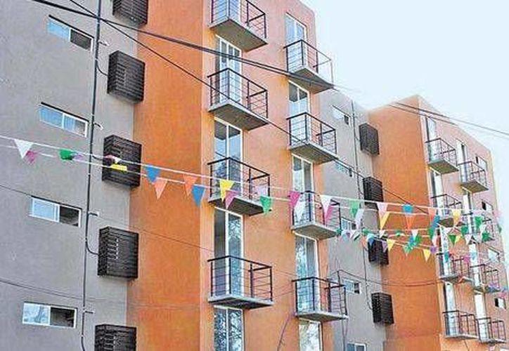 Otros acreedores tienen en garantía hipotecaria los activos inmobiliarios de las vivienderas. (Daniel Cruz/Milenio)