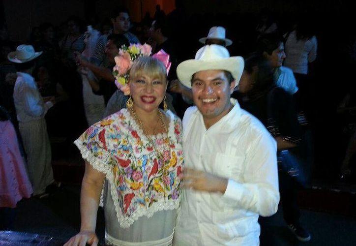 Tina Tuyub se presentará el 13 de diciembre en un casino del norte de Mérida con fines altruistas. (Facebook)