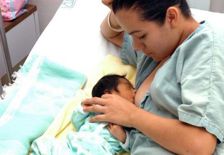 La lactancia materna exclusiva se ha incrementado alcanzando actualmente el 30.8%. (Novedades Yucatán)