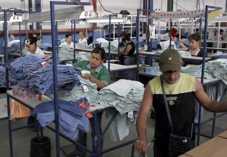 De acuerdo con datos del Gobierno del Estado, el sector industrial de Yucatán creció 12.1 por ciento en un año, porcentaje que lo ubicó en el primer lugar de expansión de ese sector, en todo el país. (SIPSE)